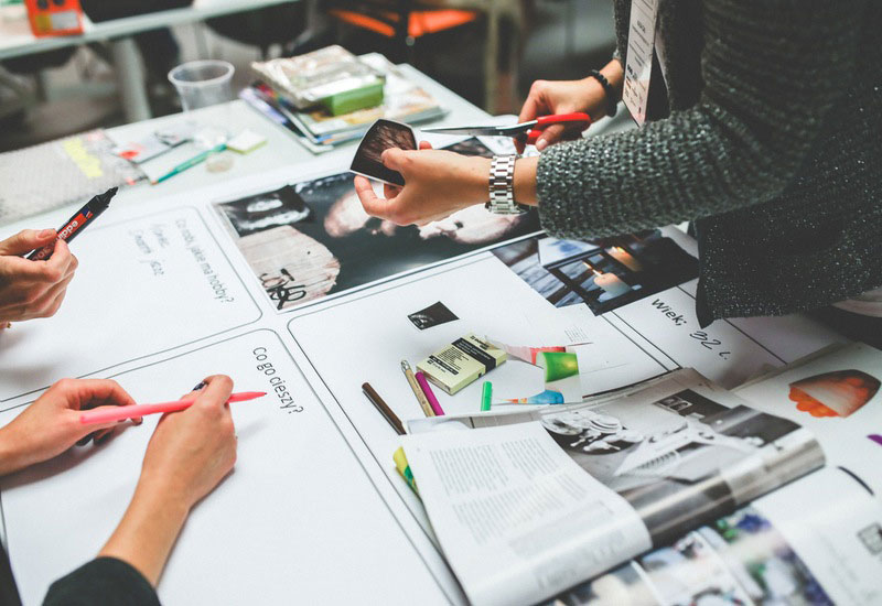 How to Use Collaborative Learning to Inspire Employee Development